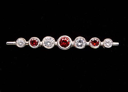 Garnet Graduated Stones Stock Pin in Silver