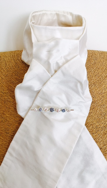 White dupion pure silk stock self tie
