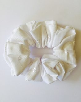 White 'H' motif scrunchie