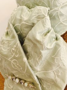 Peppermint embroidered tulip pure silk stock pre tied