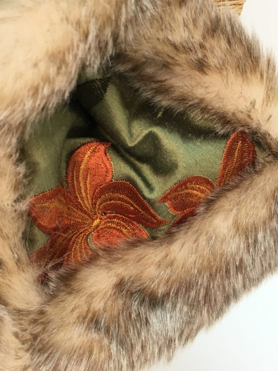 Green silk and honey faux fur stole detail